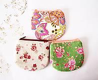 Peňaženky - Peňaženka - kvety na bielej - 7295396_
