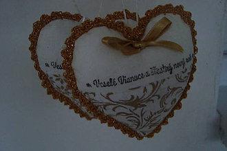 Dekorácie - Zlaté srdiečkové Vianoce - 7296617_