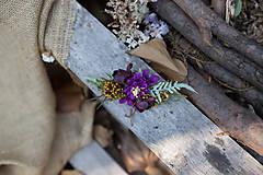 - Kvetinová spona