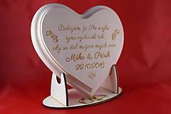 Darčeky pre svadobčanov - Poďakovanie rodičom lipové srdiečko + stojanček 9 - 7305861_