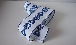 Úžitkový textil - Vyšívaná štóla na stôl srdiečko modré - 7312046_