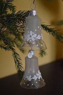 Dekorácie - Bielo-číre zvončeky s kvietkami - 7310425_