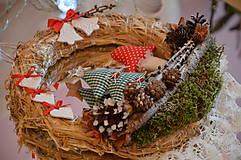 Dekorácie - Vianočný veniec zasnežená krajinka - 7310895_