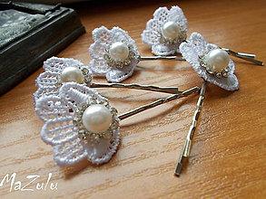 Ozdoby do vlasov - biele sponky na svadbu & prijímanie - 7314622_