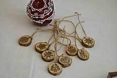 Drevené medailoniky- vianočné
