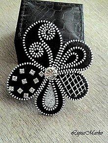Odznaky/Brošne - Čierny elegán - 7318755_