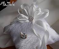 ivory svadobný vankúšik na prstienky