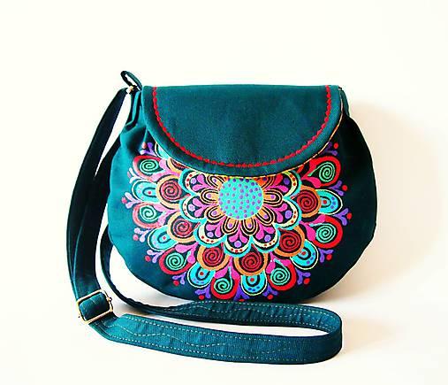 Malá zelená kabelka s pestrofarebnou mandalou II.   DARTASKA - SAShE ... 6bdf6e882d8