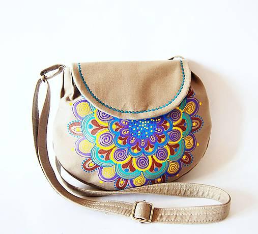 Malá béžová kabelka s farebnou mandalou   DARTASKA - SAShE.sk ... 52690c6ead4