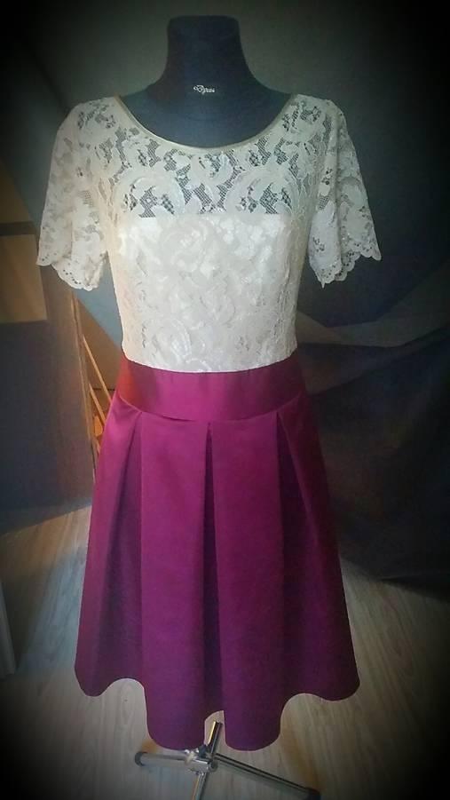 b7ede0d506b8 Koktejlové šaty veľ. 40 - 42 so skladanou sukňou SKLADOM   Dyona ...
