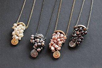 Náhrdelníky - Dlouhý náhrdelník s říčními perlami - 7334244_