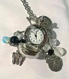 Náhrdelníky - Silver Elegant Pocket Watches Pendant / Náhrdelník s hodinkami, príveskami a minerálmi - 7342373_