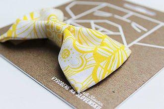 Pre zvieratká - Motýlik - na obojok pre psíka - žltý kvetovaný - 7343724_