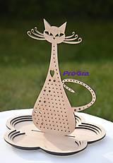 Mica - parádnica - stojan na šperky