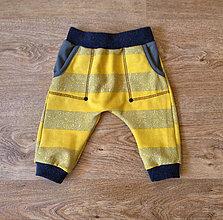Detské oblečenie - Tepláčky žlté - 7343717_