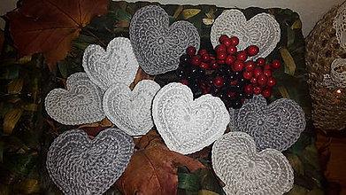 Dekorácie - Biele  sivé  strieborné  vianočné  srdiečka  ozdoby - 7347680_