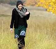 - V podzimním lese - zelená (L) - 7349487_