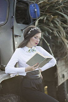 Náhrdelníky - NOVINKA Dámsky kvetinový motýlik - 7355793_