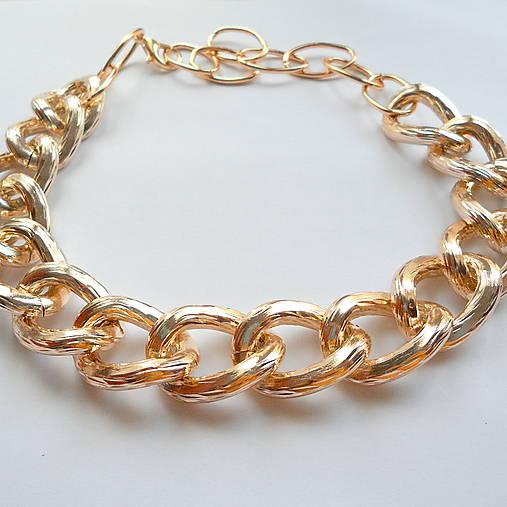 Kovový náhrdelník GOLD