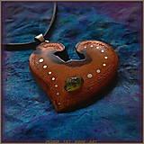 Náhrdelníky - 504. drevený náhrdelník Slivka - koren - OLIVÍN - 7350532_