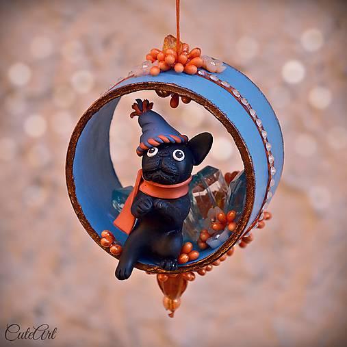 Francúzsky buldoček - vianočná ozdoba