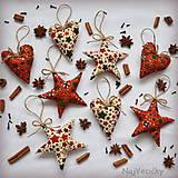 Dekorácie - Vianočné Hviezdy a Srdiečka - 7364988_
