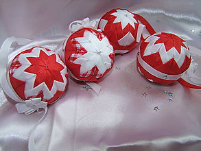 Dekorácie - Vianočné gule - červenobiele - 7364538_