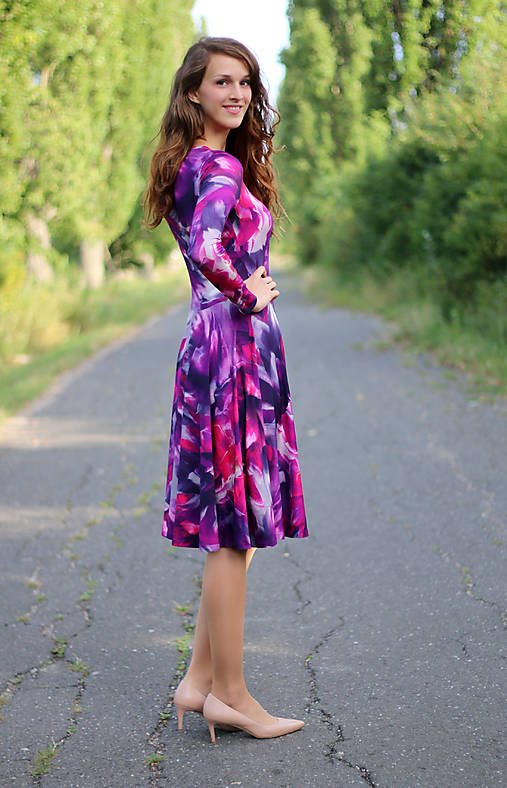 7d074d7f6b13 Vzorované šaty s kruhovou sukňou   ZuzanaZachar - SAShE.sk ...