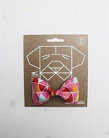 Pre zvieratká - Motýlik - na obojok pre psíka - ružový s trojuholníkmi - 7367682_