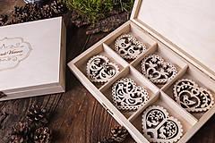 Dekorácie - Vianočné ozdoby z dreva - KOLEKCIA FOLK - 7370903_