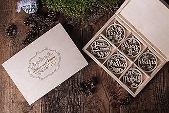 Dekorácie - Vianočné ozdoby z dreva - KOLEKCIA RODINA - 7370845_