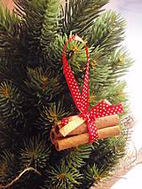 Dekorácie - Vianočné ozdoby na stromček zo škorice - 7372129_