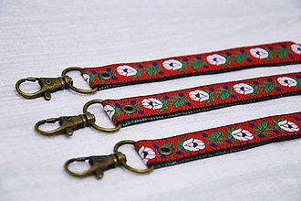 Kľúčenky - Folk kľúčenka červená - 7375824_