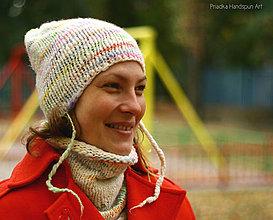 Čiapky - WHITE RAINBOW Pletená merino čiapka