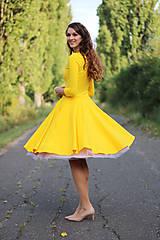 - Žlté šaty s kruhovou sukňou a vreckami - 7378056_