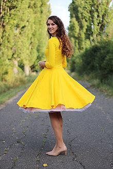 Šaty - Žlté šaty s kruhovou sukňou a vreckami - 7378056_