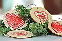 Dekorácie - Drevené vianočné ozdoby (folk 4ks) - 7380570_