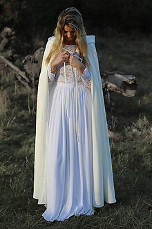 Šaty - Dlhá pelerína s kapucňou - 7380512_