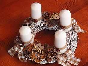 Dekorácie - Adventný veniec - prírodný so sviečkami - 7380518_