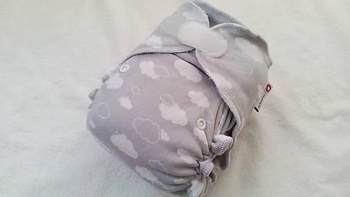 Detské doplnky - bavlnená nohavičková plienka - sivé obláčiky - 7383152_