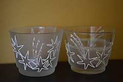 Svietidlá a sviečky - Biele svietniky s hviezdičkami - 7389775_