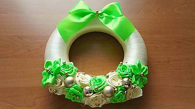 Dekorácie - vianočný veniec neónovo zelený - 7390440_