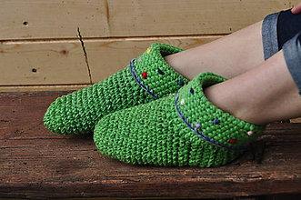 Obuv - televízne papuče v zelenom - 7390295_