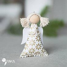 Dekorácie - Anjelik smotanovo - zlatá hviezda (s copami) - 7392400_