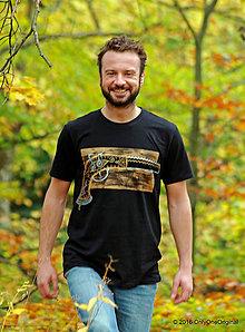 Tričká - Pánske tričko maľované PIŠTOĽKA - 7393631_