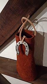 Iné tašky - Kožená darčeková taštička s amuletom - 7402040_