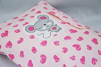 Detské doplnky - Organizér na plienky s ružovými srdiečkami a myškou - 7409163_
