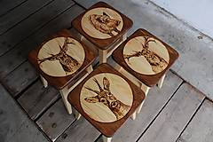 Nábytok - drevený stolček - 7412066_