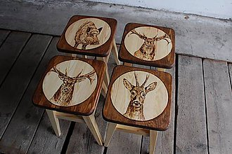 Nábytok - drevený stolček - 7412065_