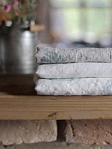 Úžitkový textil - Ľanové utierky - set 3ks s ručnou potlačou tyrkysovo-šedých pierok - 7409794_